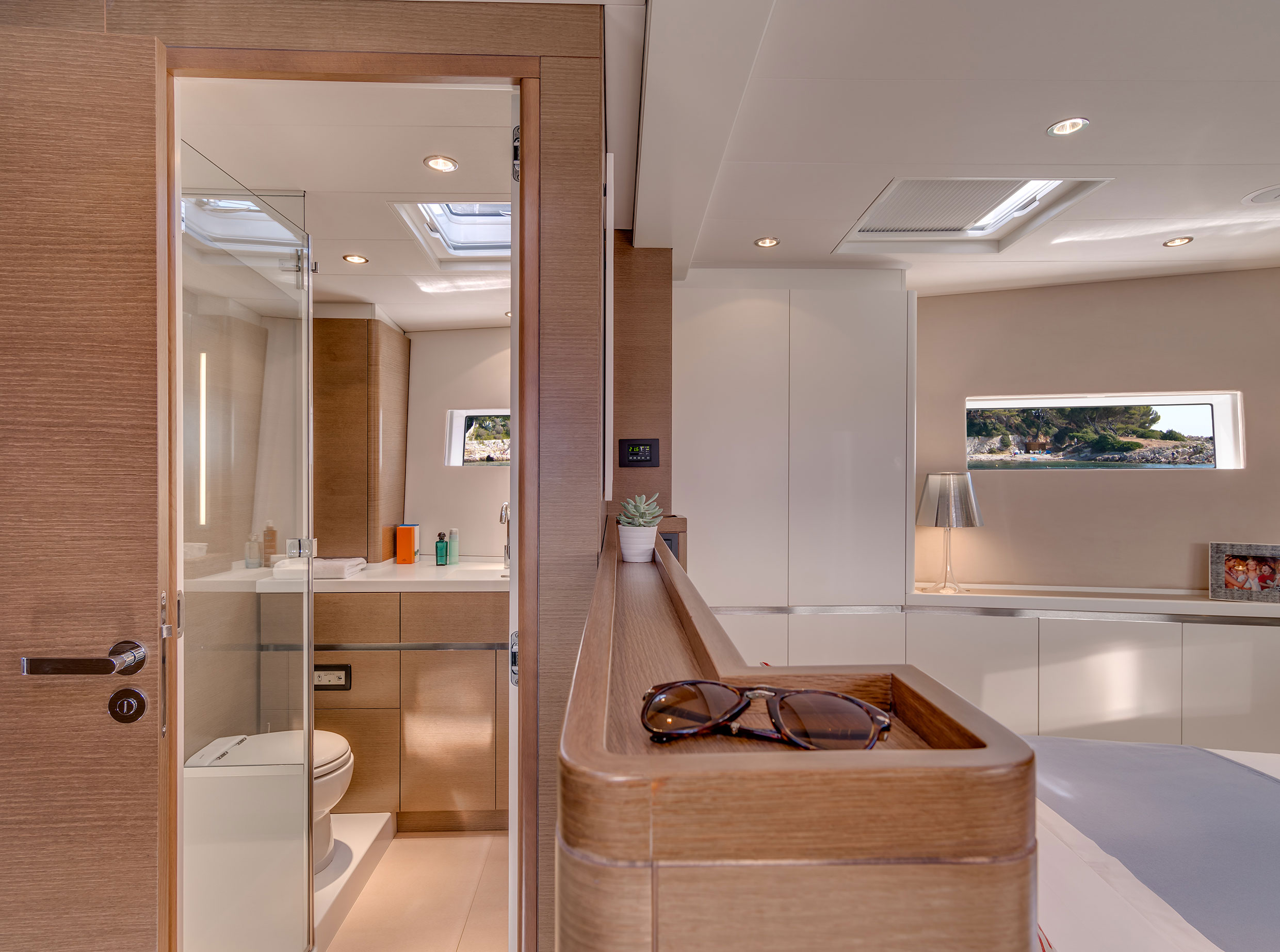 cnb 76 owners cabin
