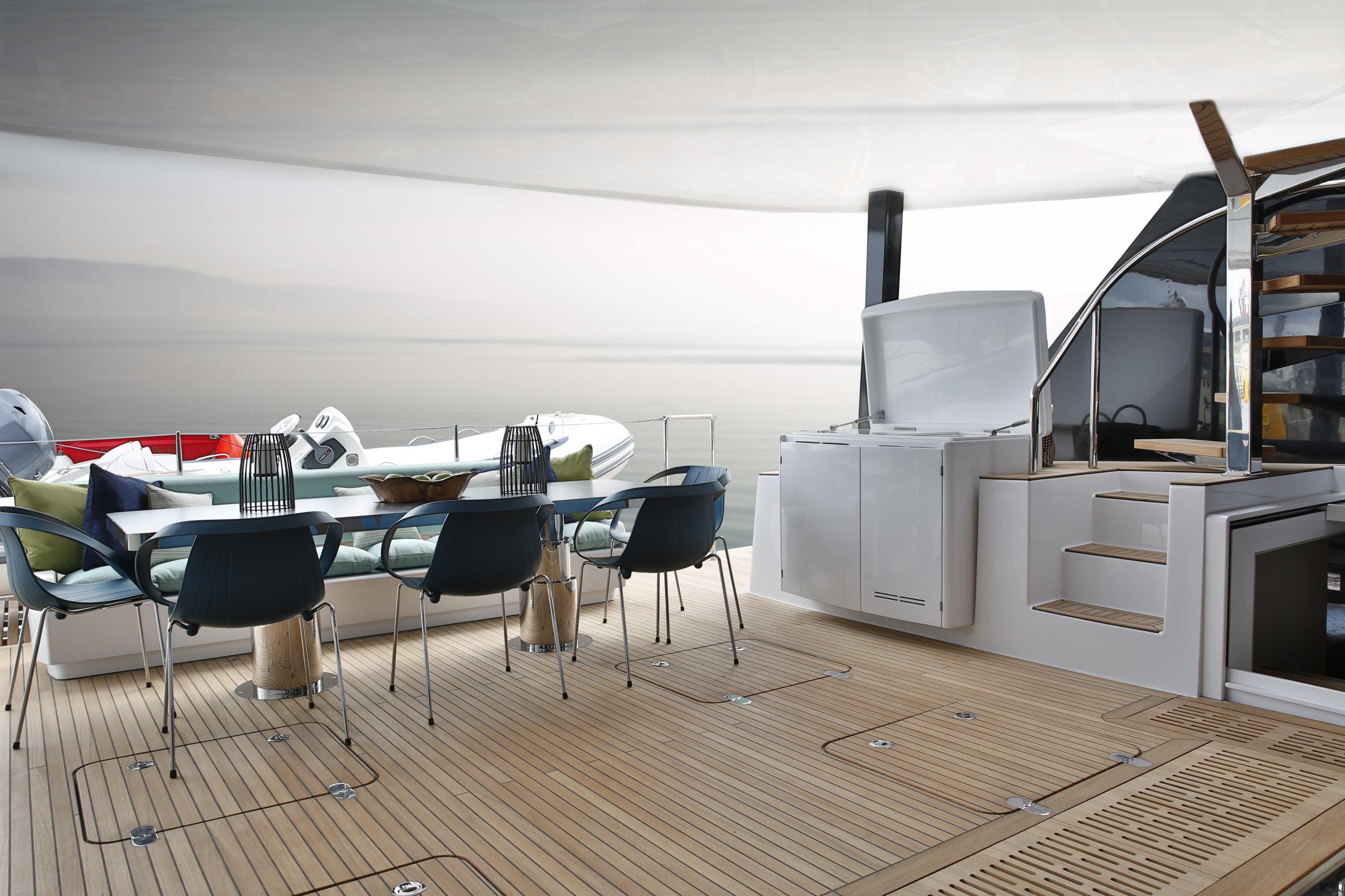sunreef 60 sail samadhi interior