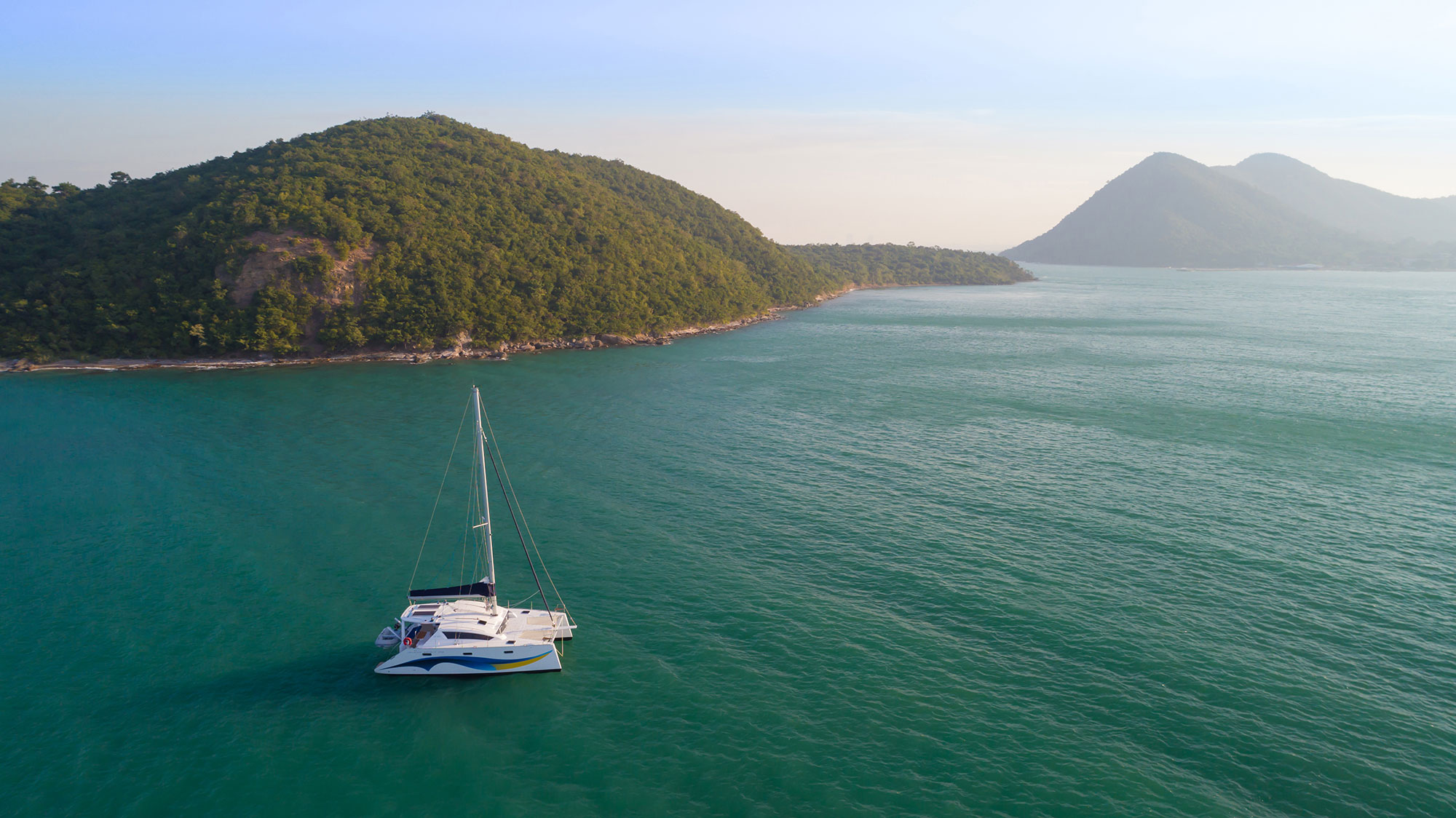 image of Island Spirit 410 sailing catamaran